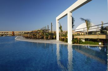 Oceanis Beach & Spa Resort