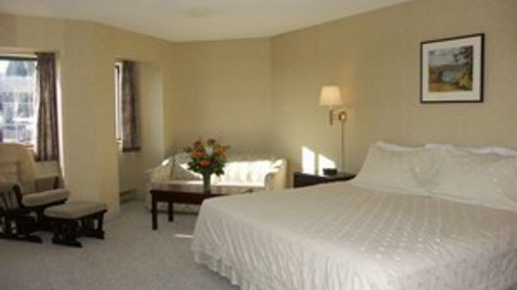 Kimberley Inn & Suites Room