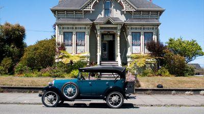 Abigail's Elegant Victorian Mansion