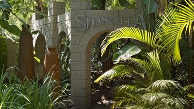 Shangri-La Country Hotel