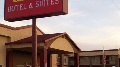 Amco Hotel & Suites