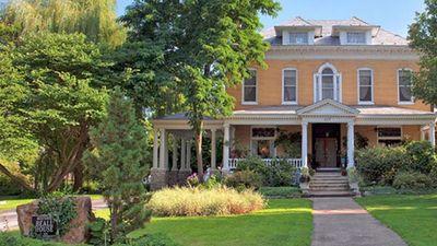Beall Mansion An Elegant Bed & Breakfast