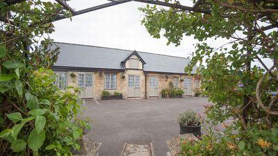 Conigre Farm Hotel