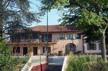 Villa Sampaguita B & B