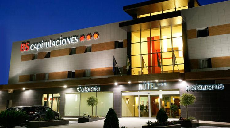 BS Capitulaciones Hotel Exterior