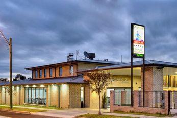 Aastro Dish Motor Inn