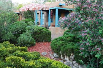 Pueblo Bonito Bed & Breakfast Inn