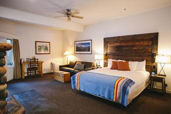 Sunnyside Resort
