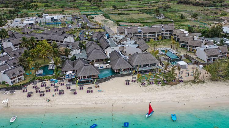 C Mauritius Exterior