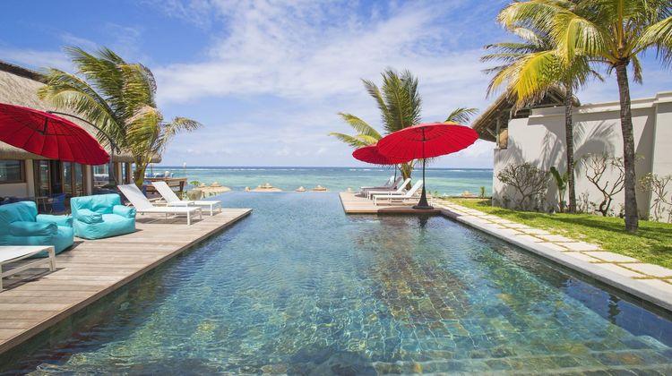 C Mauritius Pool
