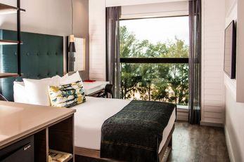 StayEasy Maputo Hotel