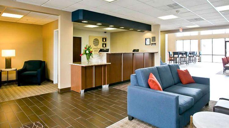 Comfort Inn Aikens Center Lobby