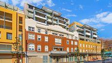 Terminus Apartment Hotel, Ascend Coll