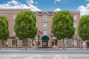 Clarion Hotel & Suites Shippensburg