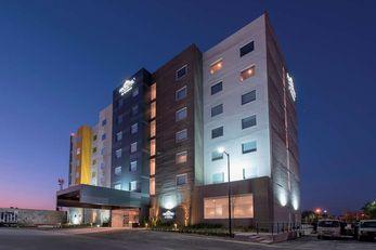 Microtel Inn & Suites San Luis Potosi