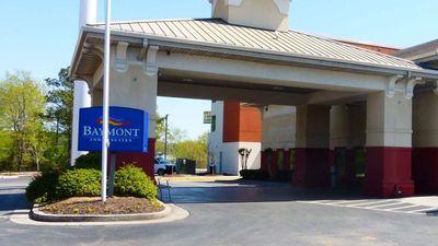Baymont Inn & Suites Calhoun