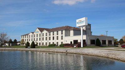 Baymont Inn & Suites by Wyndham Findlay