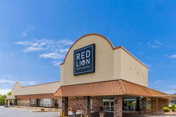 Red Lion Inn & Suites Branson