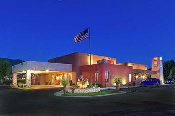 Don Fernando de Taos, a Tapestry Hotel