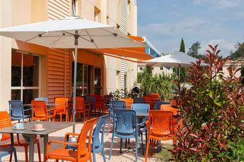 Hotel The Originals Brignoles La Belle