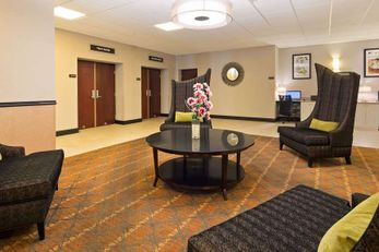 SureStay Plus Hotel by BW Albany Airport