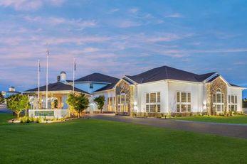 Four Seasons Island Resort Trademark Col