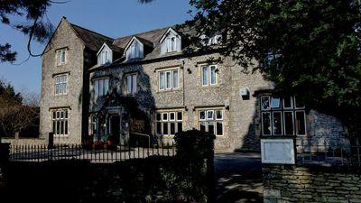 Stonecross Manor Hotel-BW Signature Coll