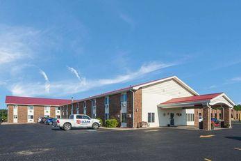 Econo Lodge Inn & Suites Escanaba
