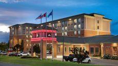 Royal Hotel Calgary Trademark Collection