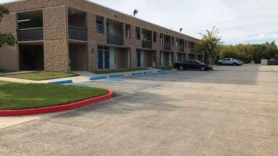 Motel 6 La Place