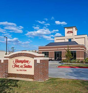 Hampton Inn & Suites Keller