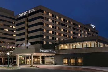 DoubleTree by Hilton Canton Downtown