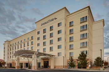 DoubleTree by Hilton Denver Intl Airport
