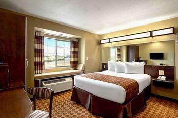 Presidential Inn & Suites