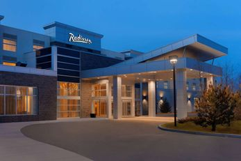 Radisson Hotel & Conference Calgary Apt