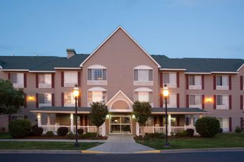 Country Inn & Suites Greeley