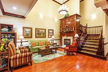 Country Inn & Suites Hinesville