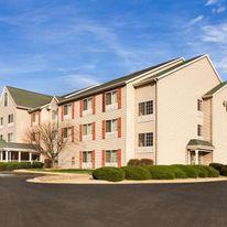 Country Inn & Suites Clinton