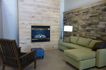 Country Inn & Suites Mason City