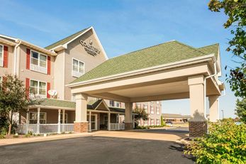 Country Inn & Suites Peoria North