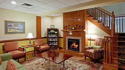 Country Inn & Suites Goldsboro