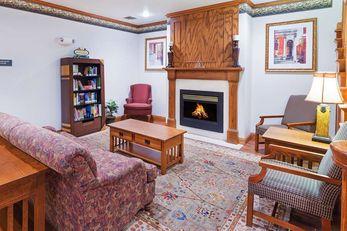 Country Inn & Suites Chambersburg