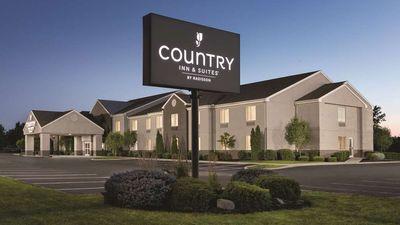 Country Inn & Suites Port Clinton
