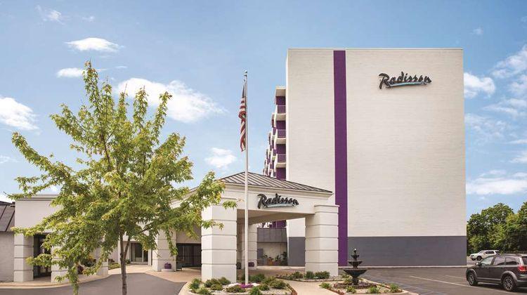 Radisson Grand Rapids Riverfront Exterior