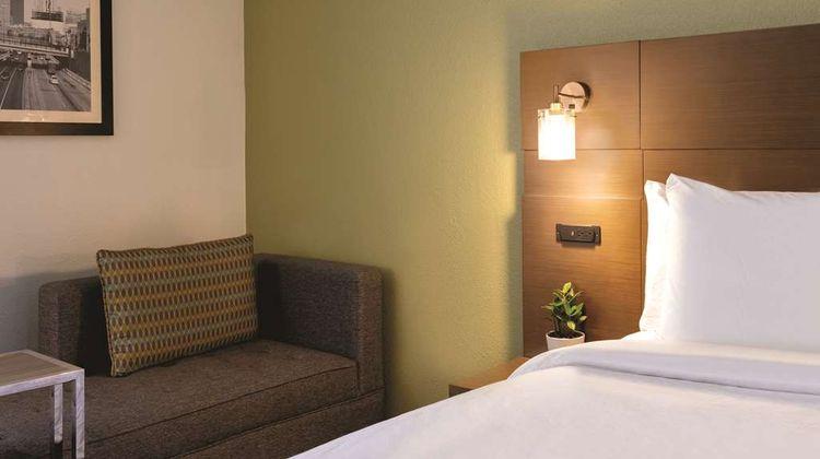 Radisson Grand Rapids Riverfront Room
