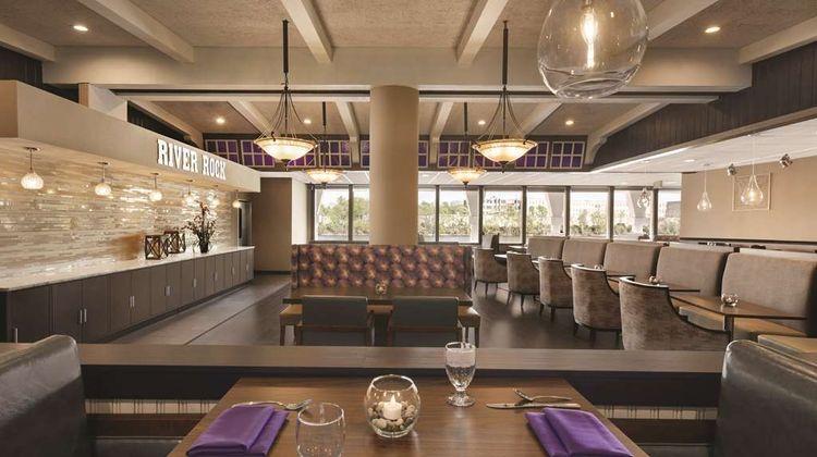 Radisson Grand Rapids Riverfront Restaurant