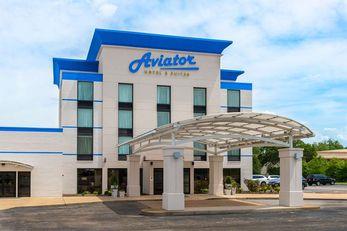 Aviator Hotel & Suites BW Signature Coll