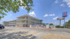 Motel 6 San Antonio West