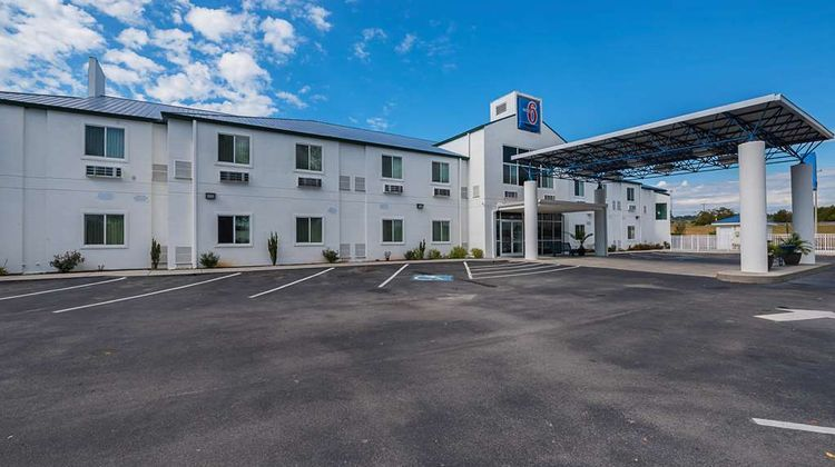Motel 6 Athens Exterior