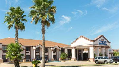 Baymont Inn & Suites Port Arthur